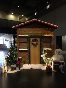 Heart-of-God-Church-Christmas-Santa-Cottage1-768x1024