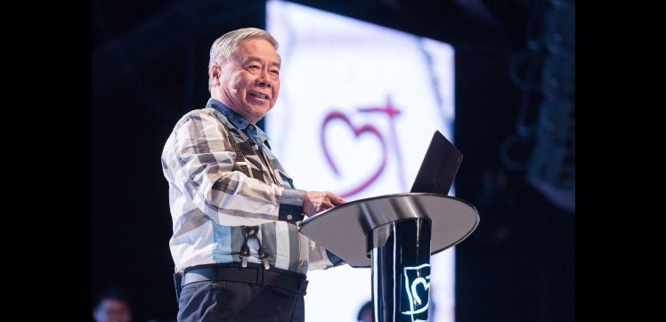 Pastor Zhang Mao Song (張茂松牧師) at Heart of God Church