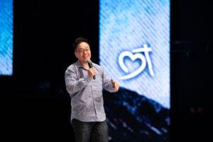 Pastor Wayne Chang ( 張光偉牧師) At Heart Of God Church